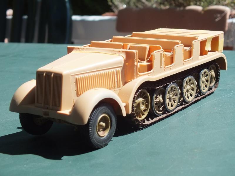 Sd.Kfz.8 Schwerer Zugkraftwagen 12 ton (Trumpeter 1/35) (DÉBUT DE PEINTURE) - Page 2 Dscf4632