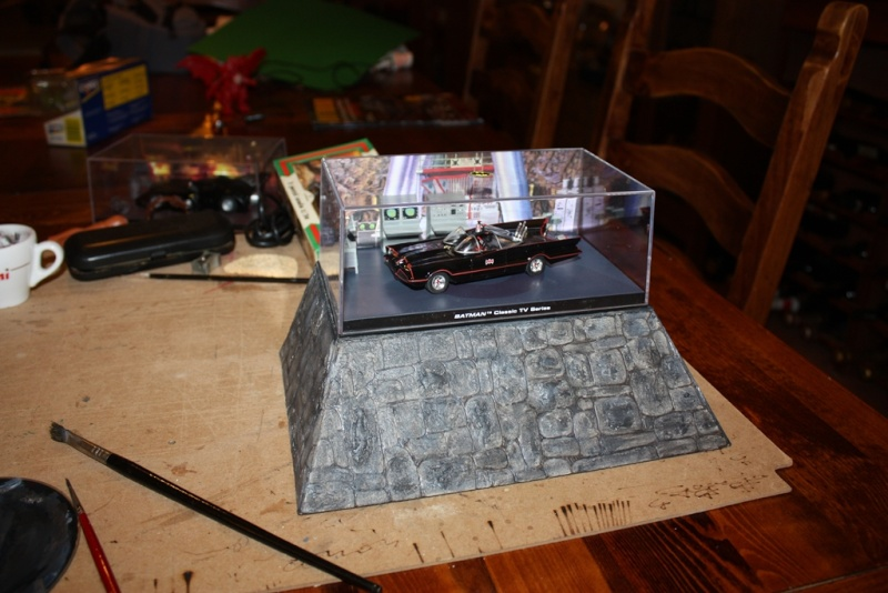 Display/piedistallo per modellino batmobile sc 1/43 Img_2034