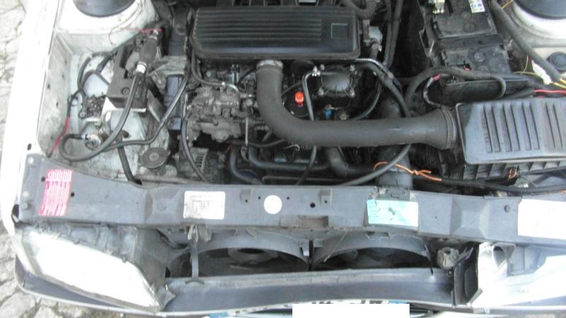 Vidange et purge de LDR sur 405 diesel phase 2 Sam_3010