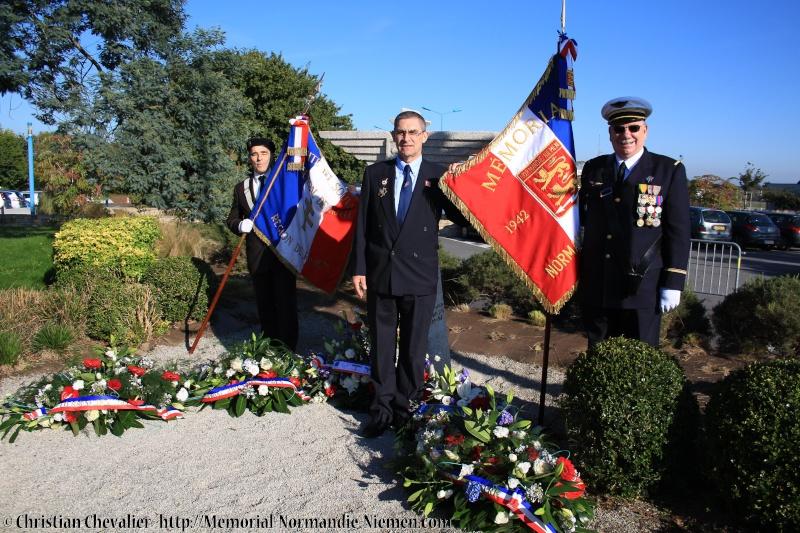 Cérémonies en commémorant le 70' anniversaire de la mort de Maurice BON Img_0117