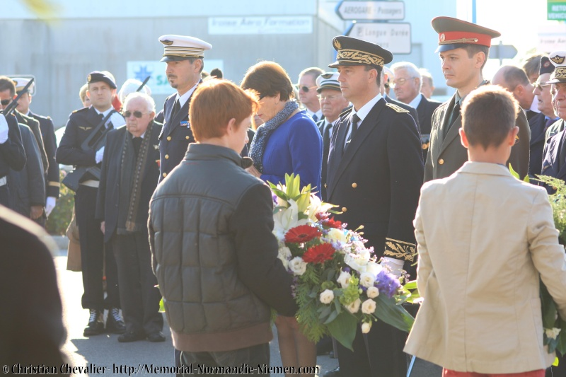Cérémonies en commémorant le 70' anniversaire de la mort de Maurice BON Img_0122