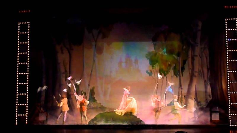 Disney et la magie de Noël sur le Disney Dream! Maxres10