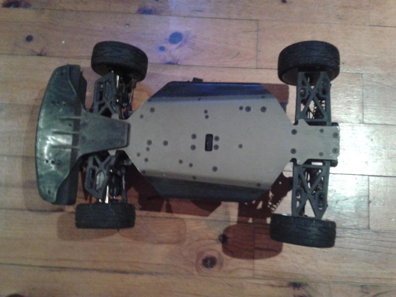 [ VENDU ]  OFNA GTP2e Chassis roller brushless 2014-022