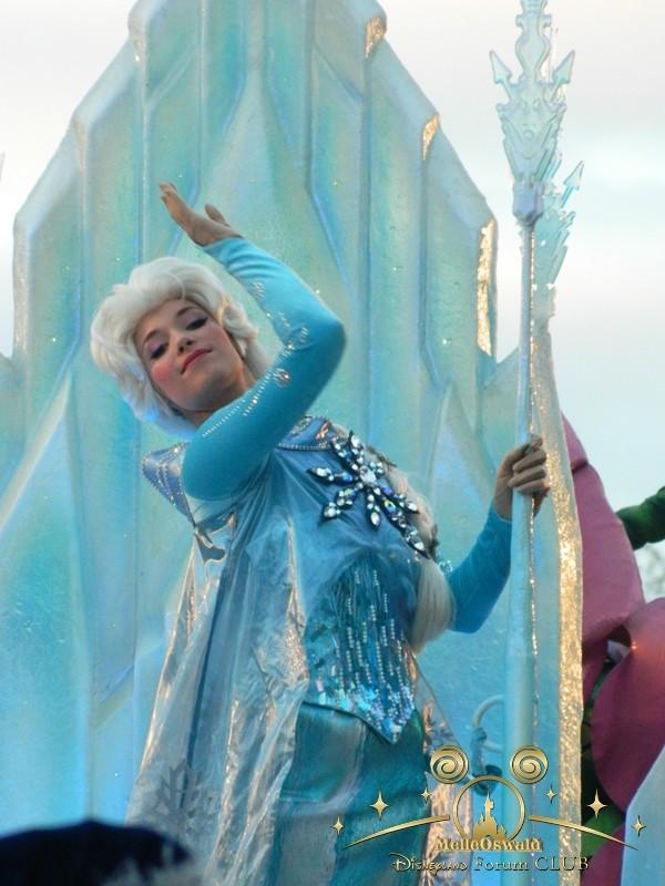 La reine des neiges à Disneyland Paris  Dscn8110