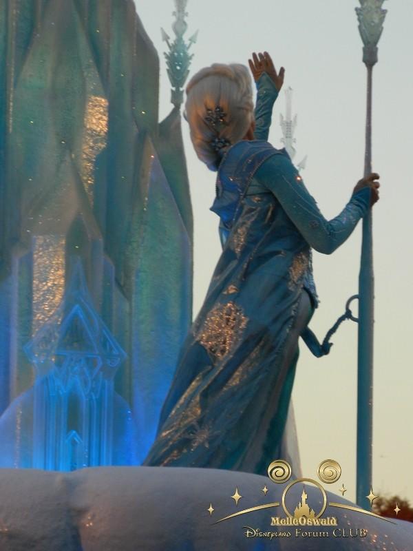 La reine des neiges à Disneyland Paris  Dscn8211