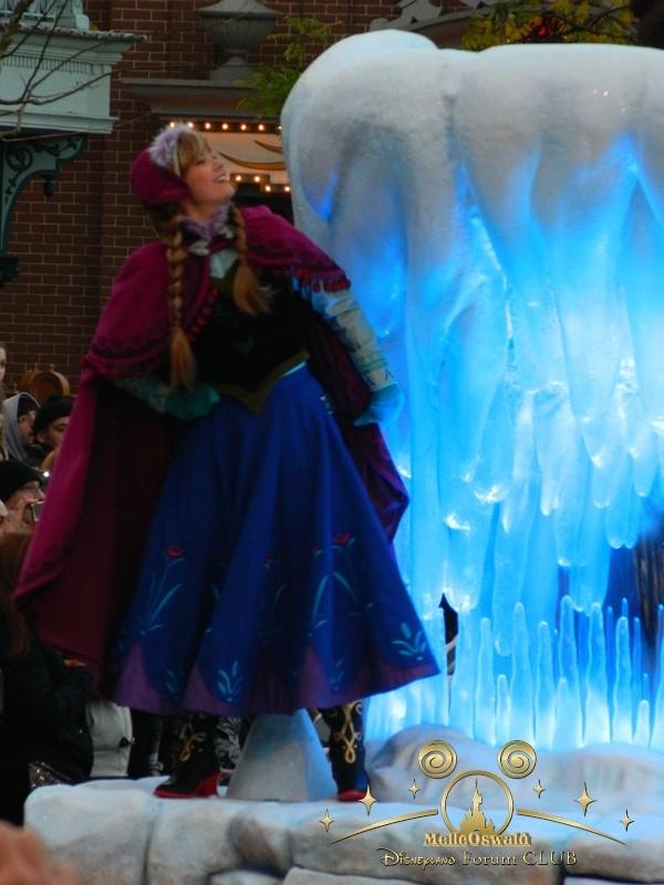 La reine des neiges à Disneyland Paris  Dscn8217