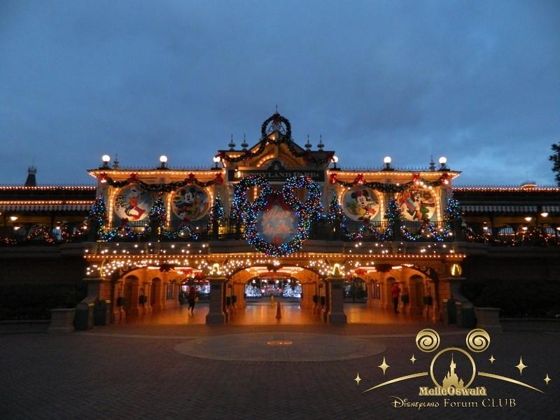 Le Noël Enchanté Disney (du 10 novembre 2013 au 6 janvier 2014)     - Page 27 Dscn8710