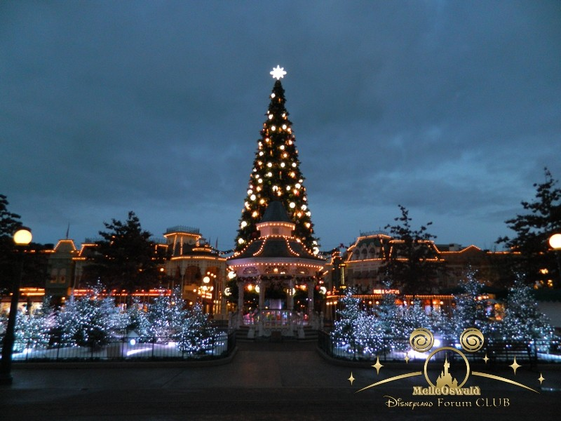 Le Noël Enchanté Disney (du 10 novembre 2013 au 6 janvier 2014)     - Page 27 Dscn8712