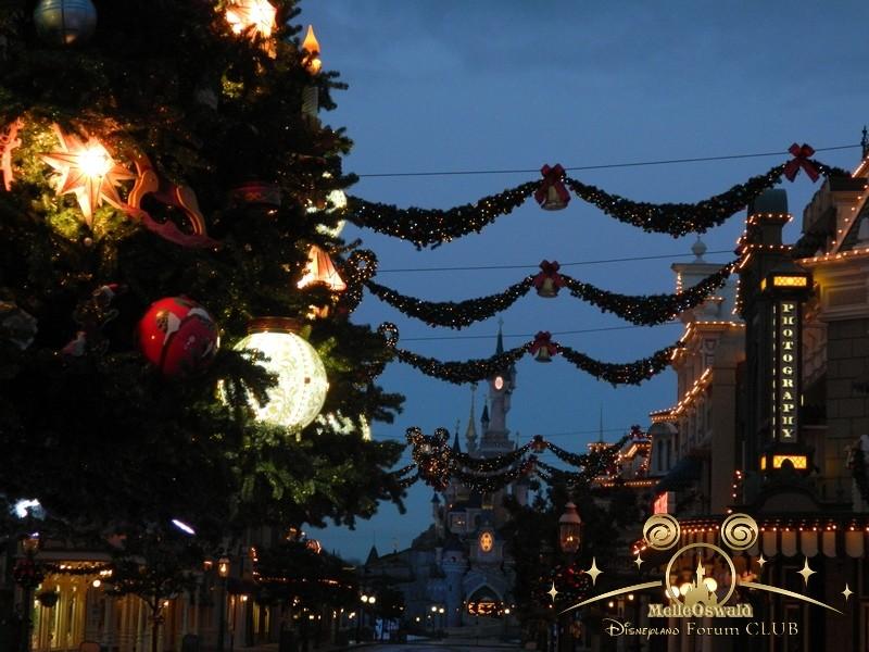 Le Noël Enchanté Disney (du 10 novembre 2013 au 6 janvier 2014)     - Page 27 Dscn8714
