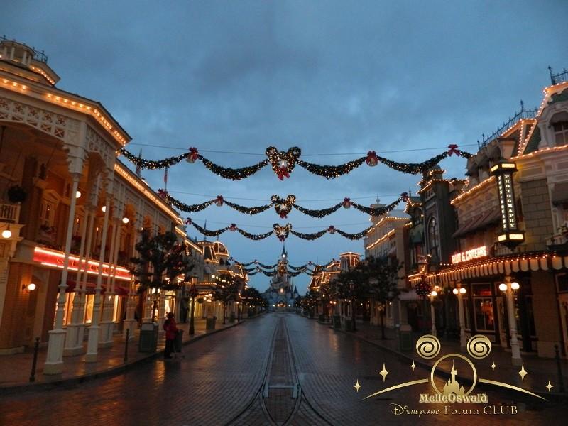 Le Noël Enchanté Disney (du 10 novembre 2013 au 6 janvier 2014)     - Page 27 Dscn8715