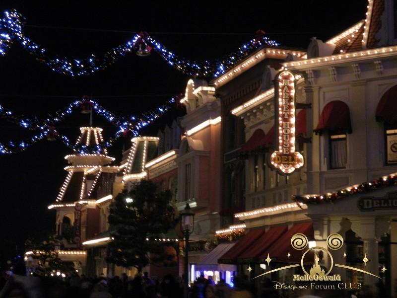 Le Noël Enchanté Disney (du 10 novembre 2013 au 6 janvier 2014)     - Page 27 Dscn8941