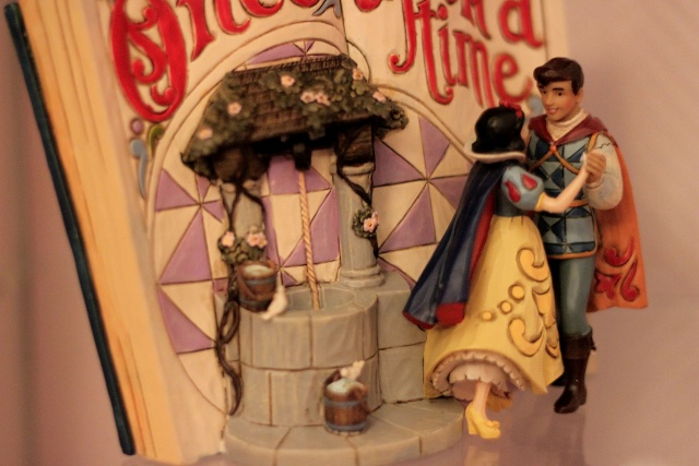 Disney Traditions by Jim Shore - Enesco (depuis 2006) - Page 3 Img_7335