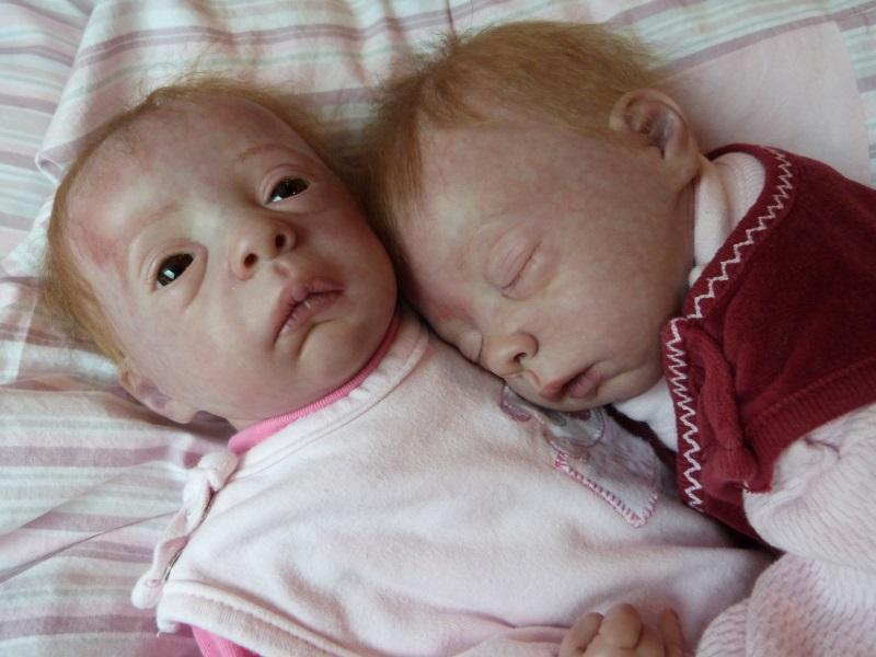 Julie und Mavie als Zwillinge (Evelina Wosnjuk) ADOPTIERT P1030824