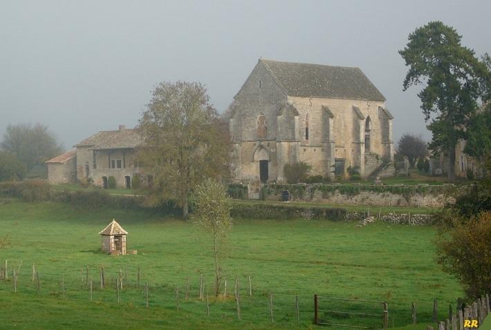 La Maison du Temple de Montbellet P1140312
