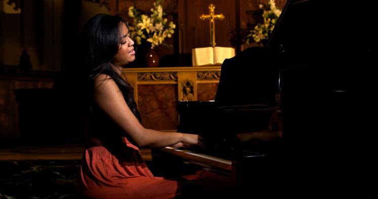 Les chanteurs Evangéliques de THE VOICE Alexia10