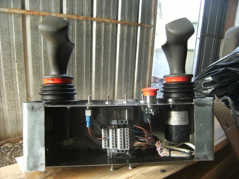 montage d'un UNIMOG 1300 en forestier réalisation MINIMOG 26  (3ème partie) Photo124