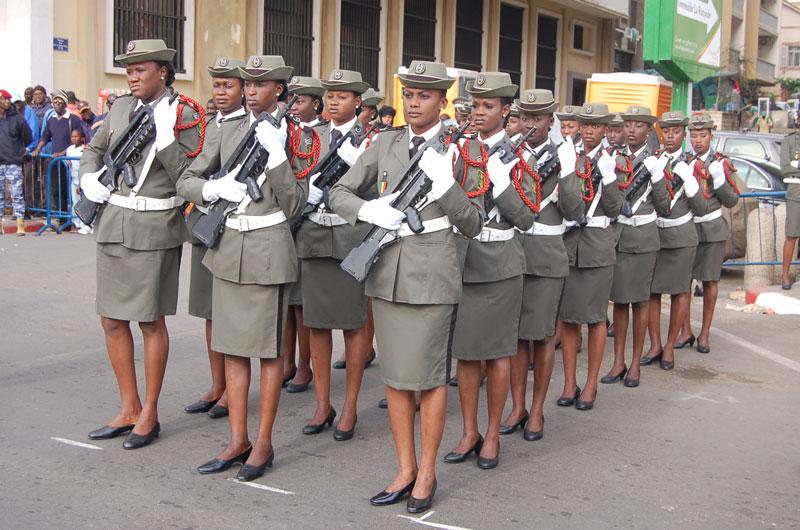 soldates du monde en photos - Page 7 10105