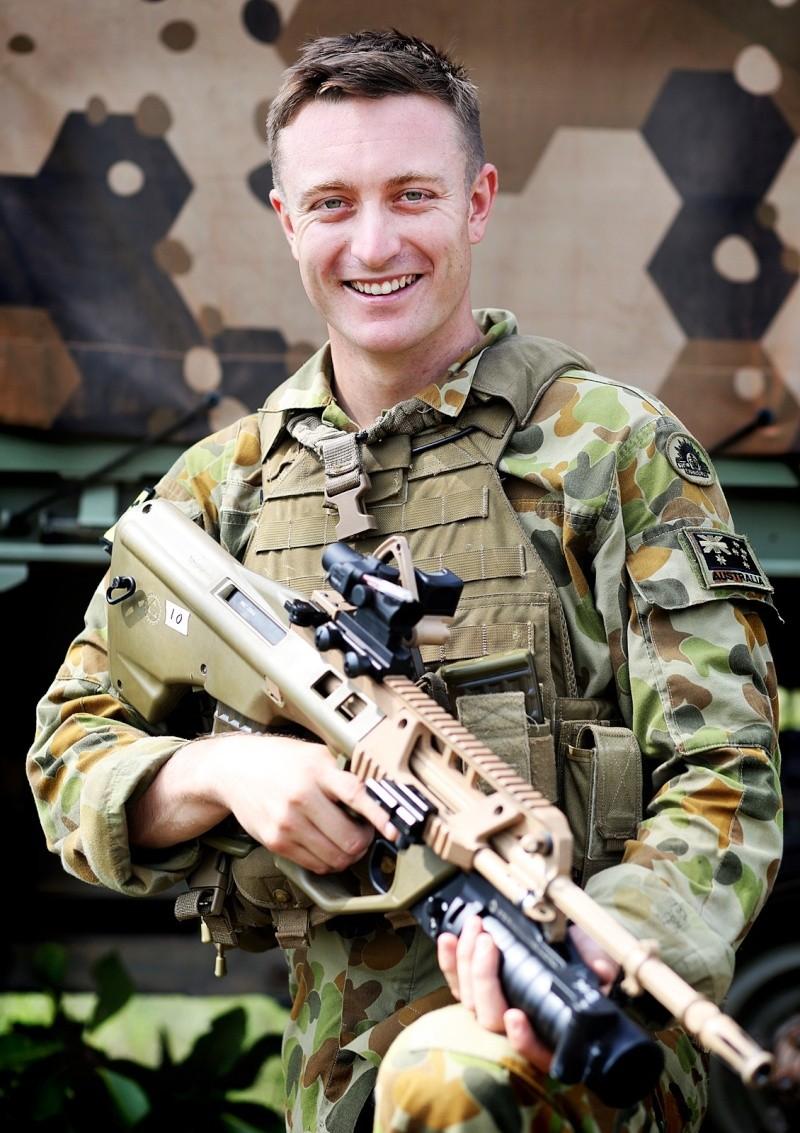 Armée Australienne/Australian Defence Force (ADF) - Page 23 1153