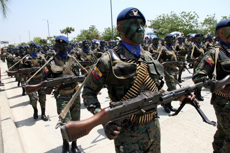 Armée Equatorienne/Fuerzas Armadas del Ecuador - Page 4 1214