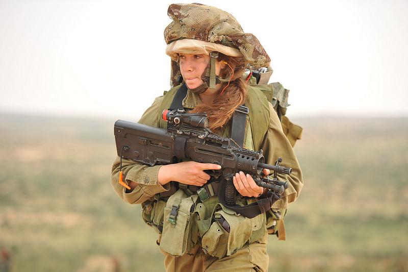 soldates du monde en photos - Page 7 12147