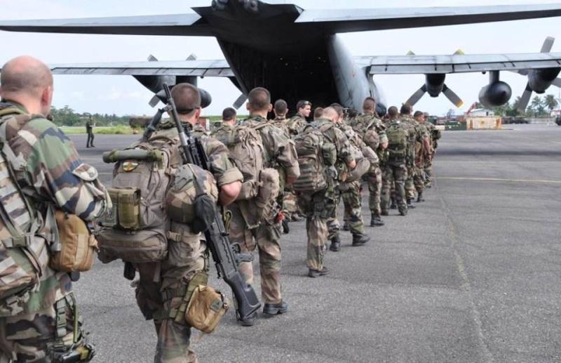 Intervention militaire en Centrafrique - Opération Sangaris - Page 2 1258