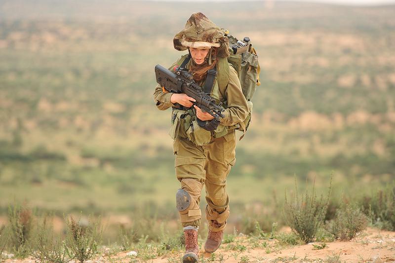 soldates du monde en photos - Page 7 13130