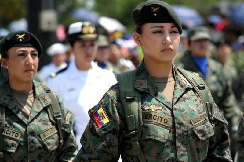 Armée Equatorienne/Fuerzas Armadas del Ecuador - Page 4 1315