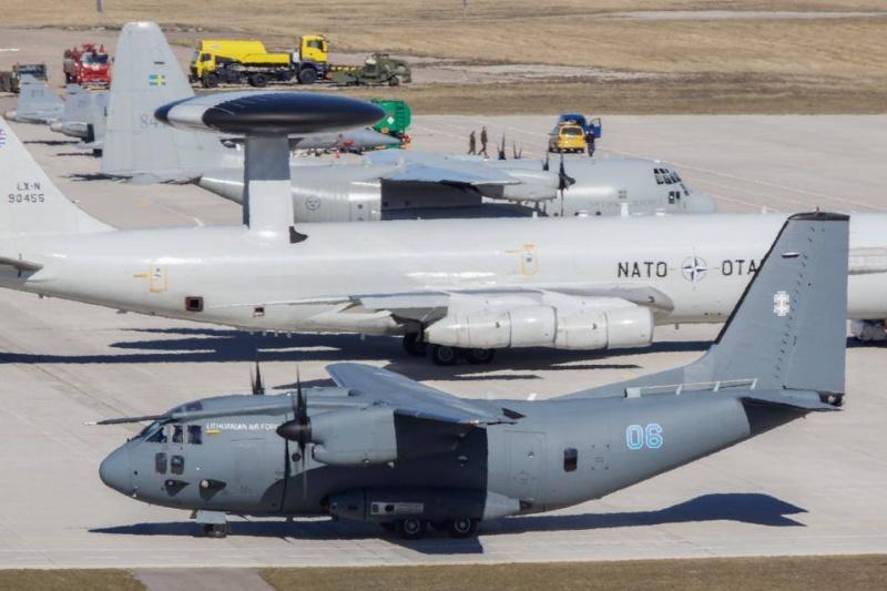 L'Organisation du traité de l'Atlantique Nord - OTAN / NATO - Page 3 15110