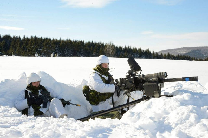 Armée canadienne/Canadian Armed Forces - Page 16 1692