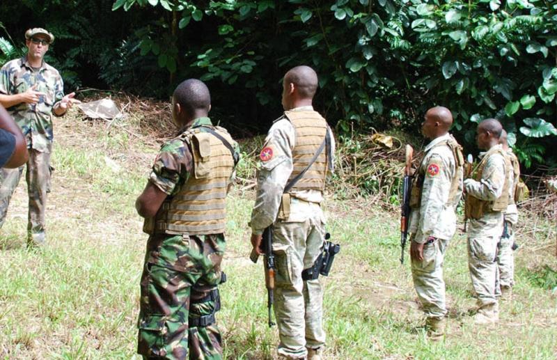 Armée des Seychelles / Seychelles People's Defense Forces  2353