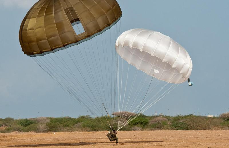 Armée djiboutienne / Djibouti National Army - Page 2 2400