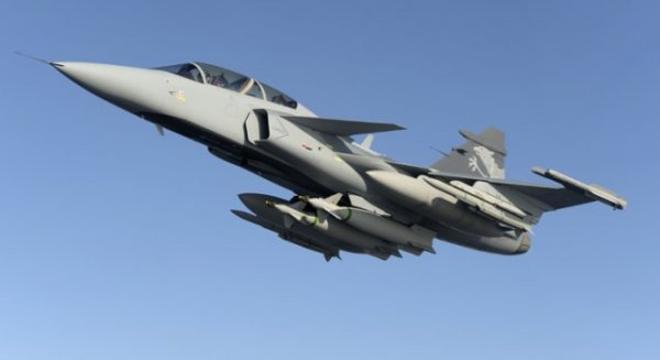 Gripen around the world - Page 4 2446