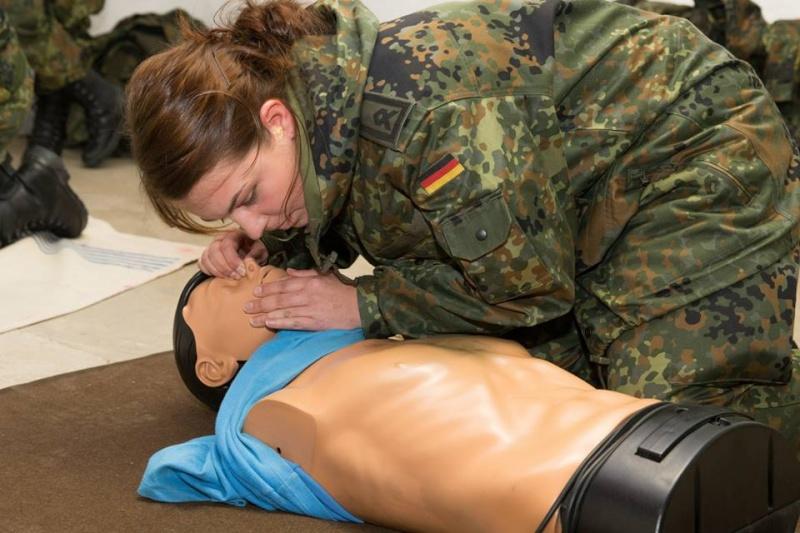 soldates du monde en photos - Page 7 2497