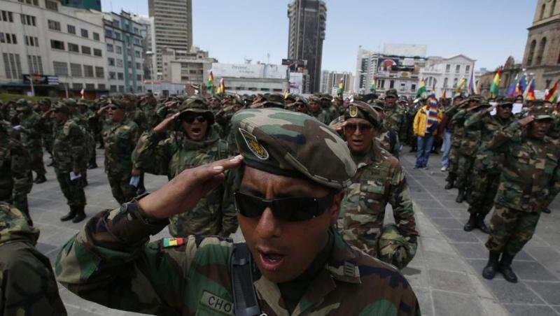 Armée bolivienne - Page 2 2576