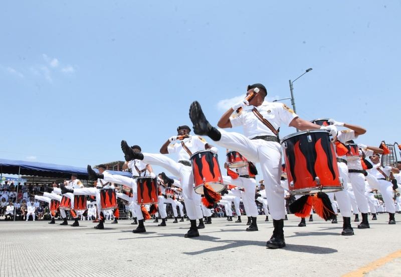 Armée Equatorienne/Fuerzas Armadas del Ecuador - Page 4 324