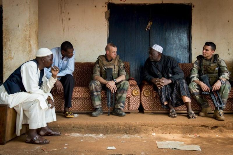 Intervention militaire en Centrafrique - Opération Sangaris - Page 6 3255