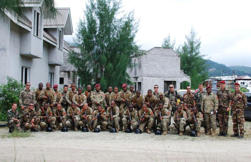 Armée des Seychelles / Seychelles People's Defense Forces  3270