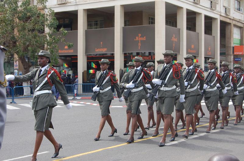 soldates du monde en photos - Page 7 3459