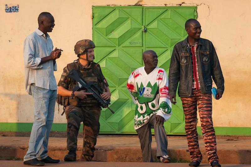 Intervention militaire en Centrafrique - Opération Sangaris - Page 2 4117