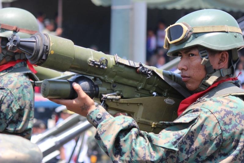 Armée Equatorienne/Fuerzas Armadas del Ecuador - Page 4 427