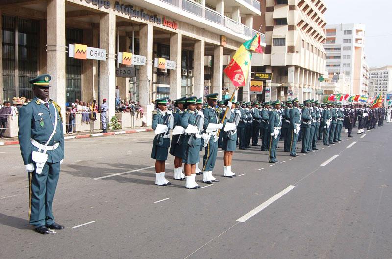soldates du monde en photos - Page 7 4362