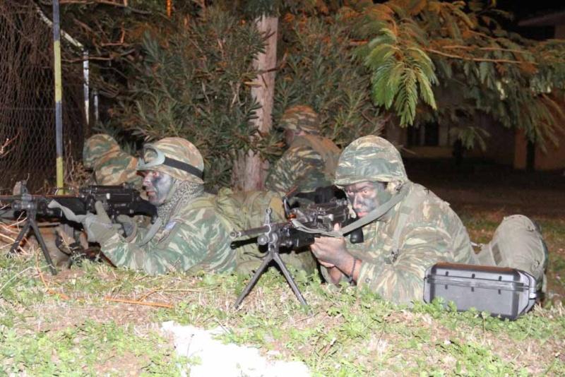 Forces armées grecques/Hellenic Armed Forces - Page 22 437