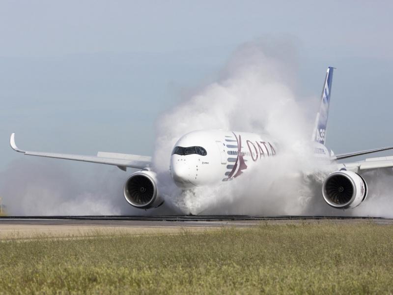 Airbus A350  4462