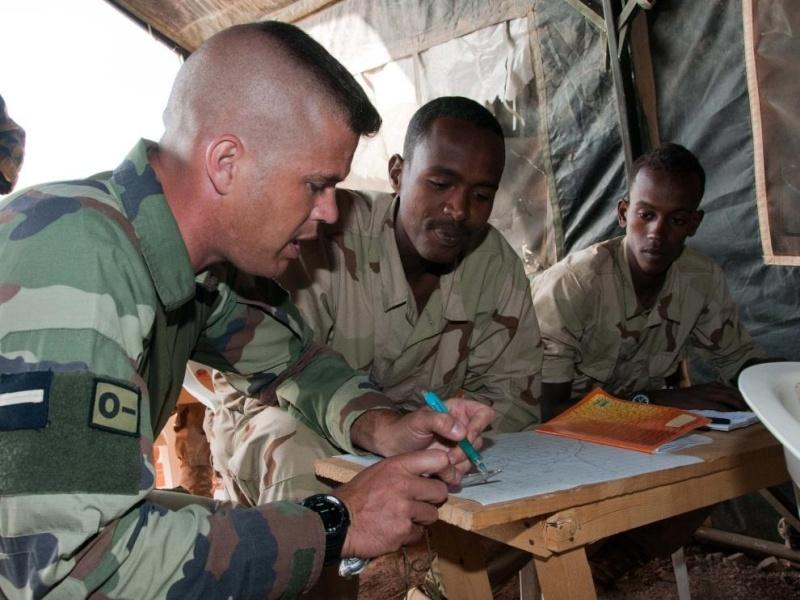 Armée djiboutienne / Djibouti National Army - Page 2 5142