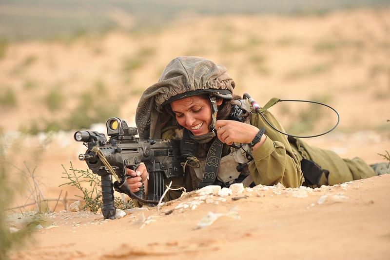 soldates du monde en photos - Page 7 5275