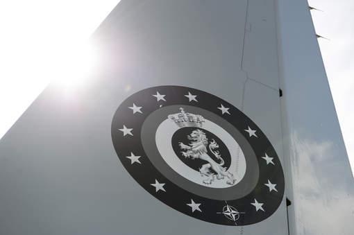 Tous les Air Force One à travers le monde. - Page 18 5374