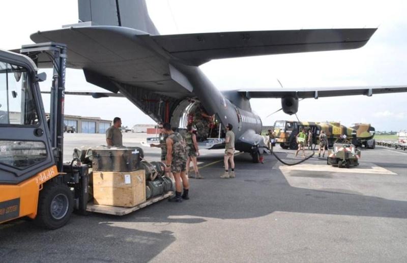 Intervention militaire en Centrafrique - Opération Sangaris - Page 2 599