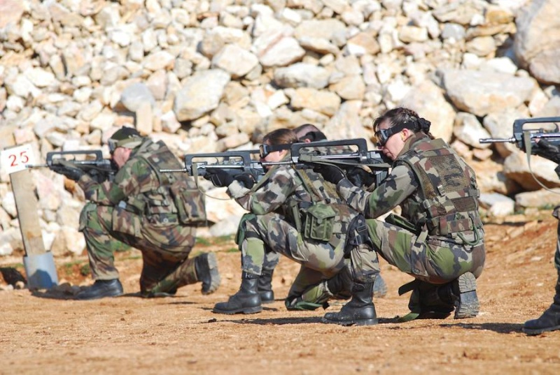 soldates du monde en photos - Page 7 6157
