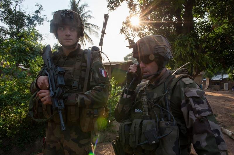 Intervention militaire en Centrafrique - Opération Sangaris - Page 2 679