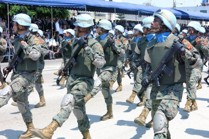 Armée Equatorienne/Fuerzas Armadas del Ecuador - Page 4 714